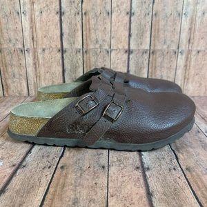 Closed Toe Birkenstock size 37